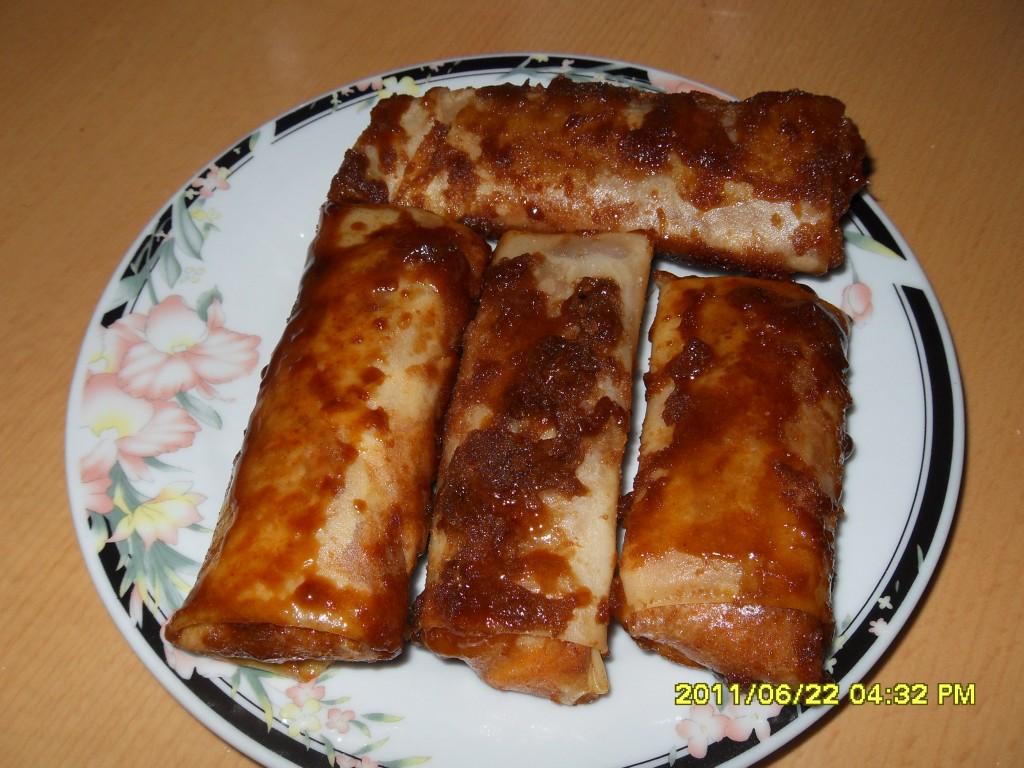 Turon ( Banana Spring Rolls)