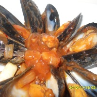 Sweet Chili Garlic Mussels