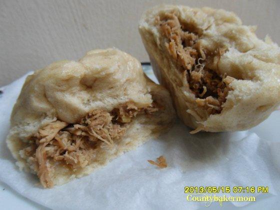 steamed buns(siopao)